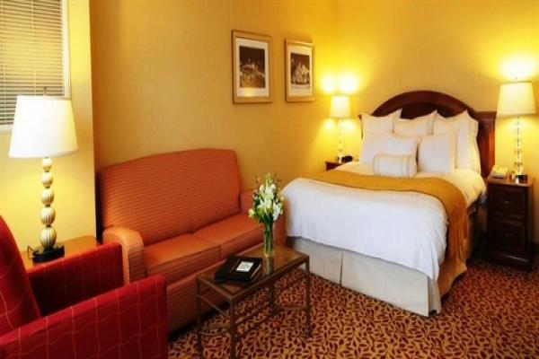 هتل سه ستاره لارا پالاس آنتالیا