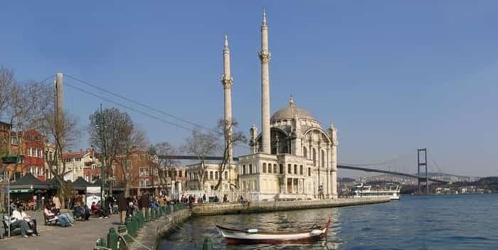 مسجد اورتاکوی استانبول Ortaköy Mosque