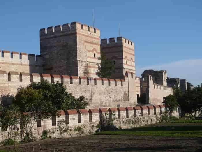دیوار های قسطنطنیه استانبول Walls of Constantinople