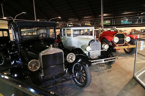 موزه اتومبیل امیریت نیشونل دبی EMIRATES NATIONAL AUTO MUSEUM