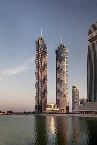 دومین هتل از بلندترین هتل دنیا