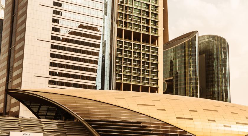 سومین هتل از بلندترین هتل دنیا