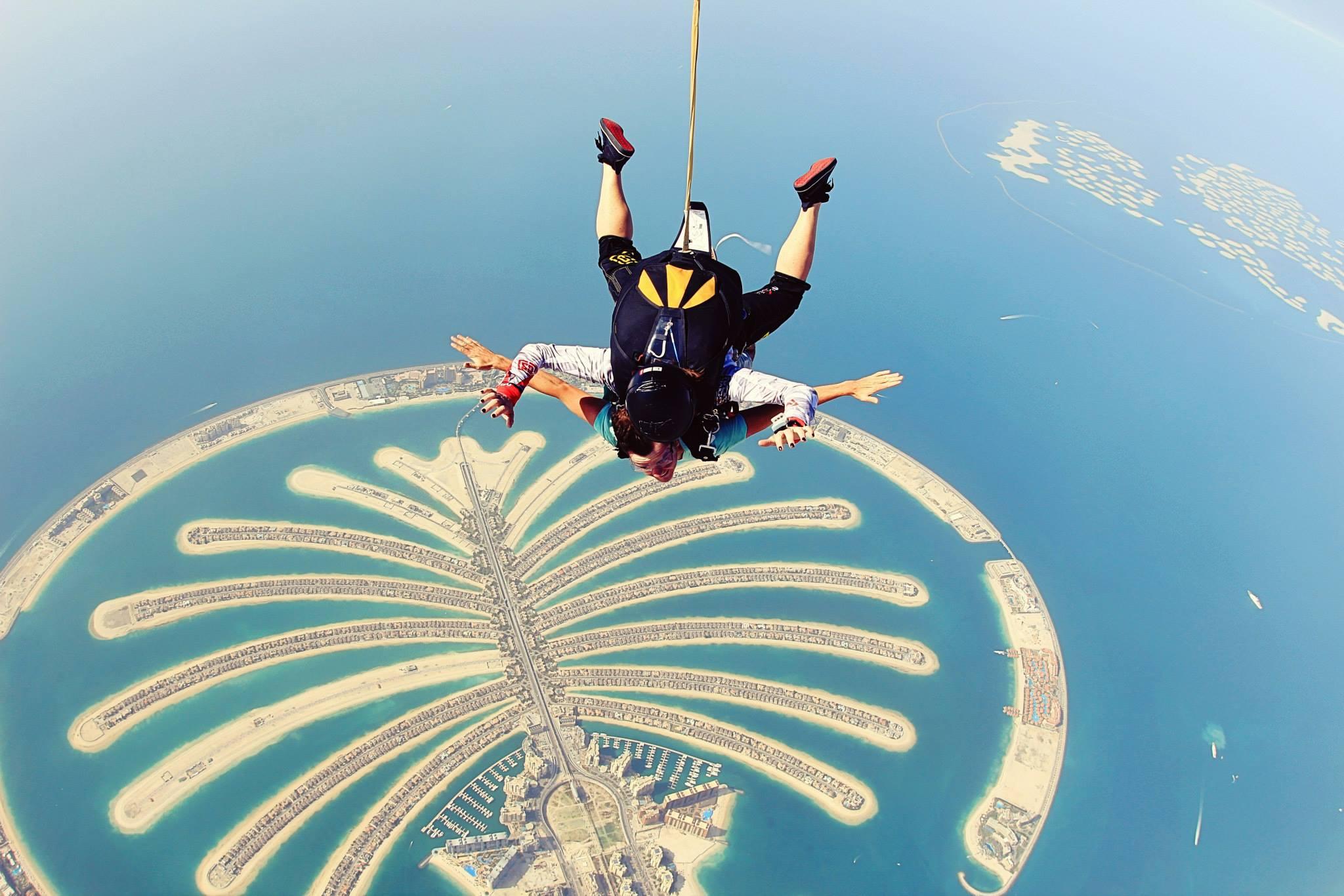 ساخت هتل ها و مراکز تفریحی روی جزیرههای نخلی دبی