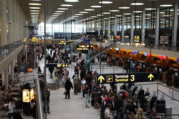 قوانین گمرکی برای خرید از فری شاپ فرودگاه دبی