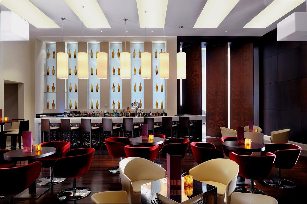 رستوران ها و امکانات تفریحی هتل نواتل سیتی سنتر دبی
