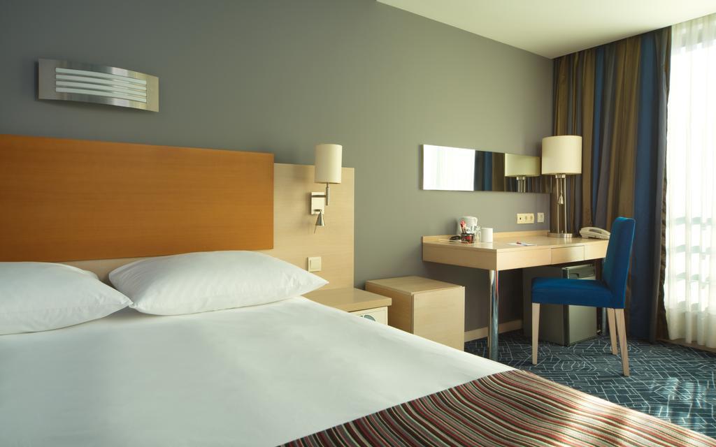 اتاق های هتل پارک این بای رادیسون باکو