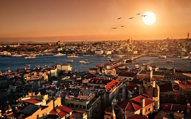 تابستان بهترین زمان سفر به استانبول