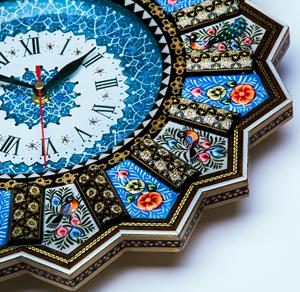 ساعت ها و تابلو های میناکاری شده سوغات مشهد 