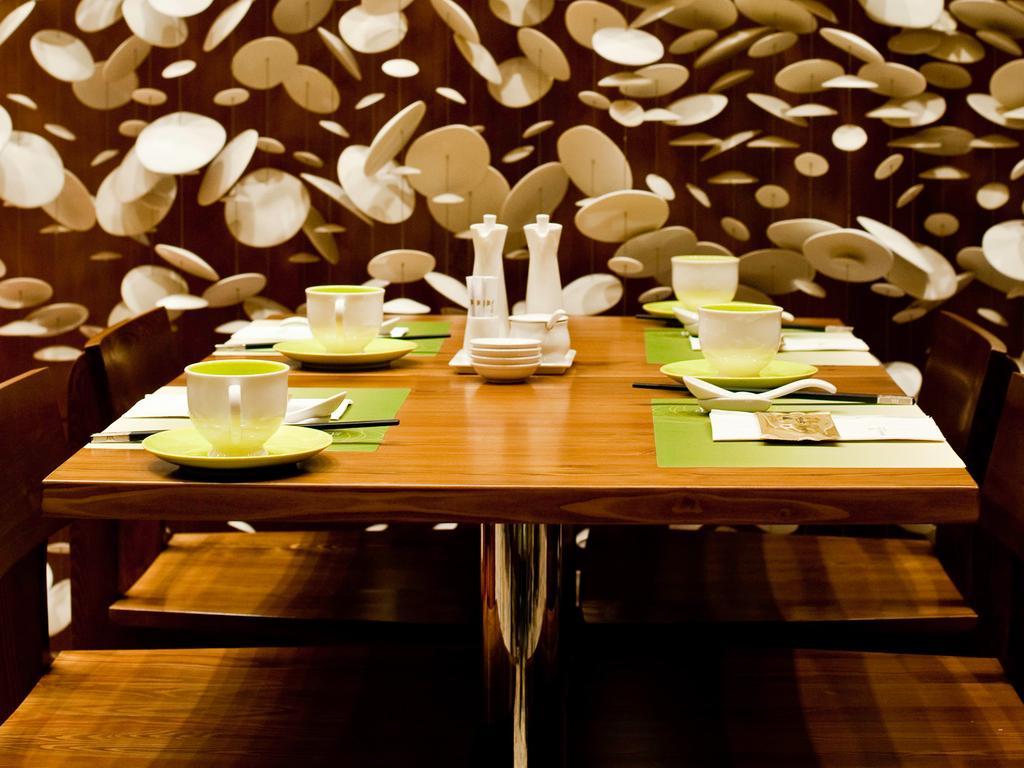 امکانات و رستوران های بین المللی هتل مارینا بای سندز سنگاپور