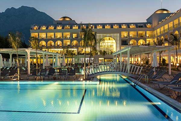 هتل کارمیر ریزورت کمر