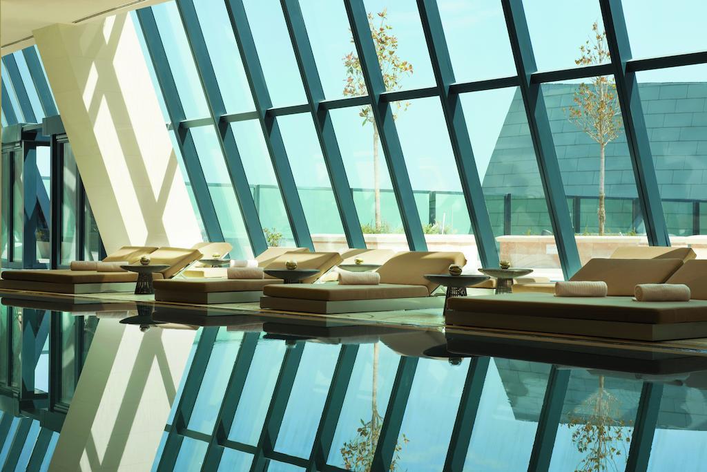 قیمت هتل های لوکس در باکو