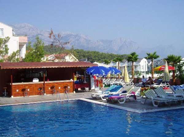 هتل ساحلی باروت کمر آنتالیا