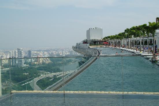 امکانات دیگر پارک آبی آسمان سنگاپور