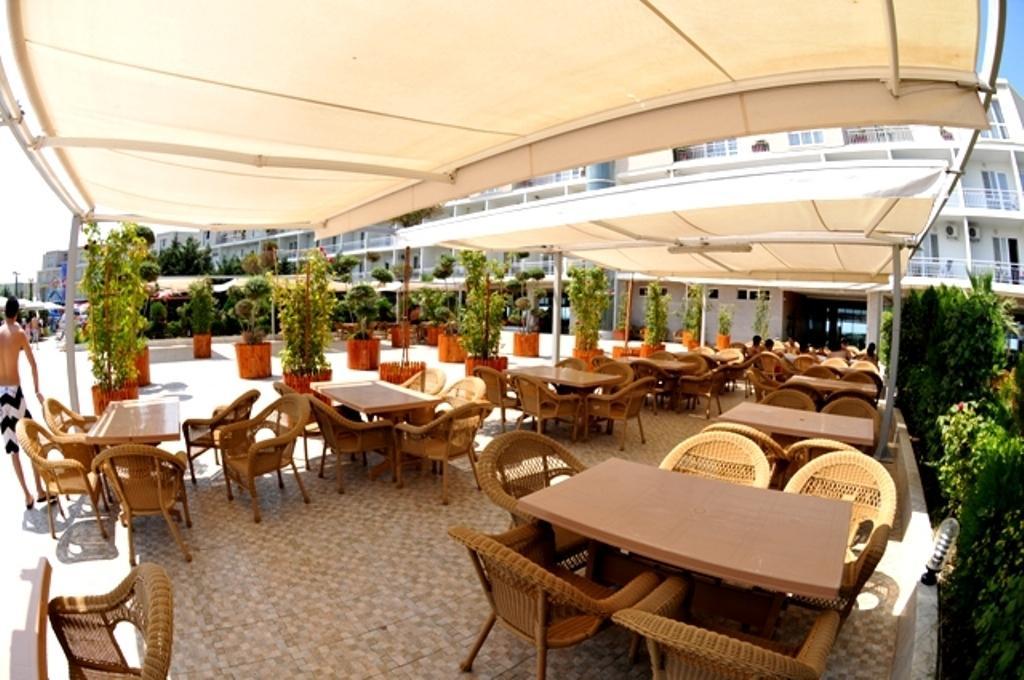 رستوران های هتل آف باکو