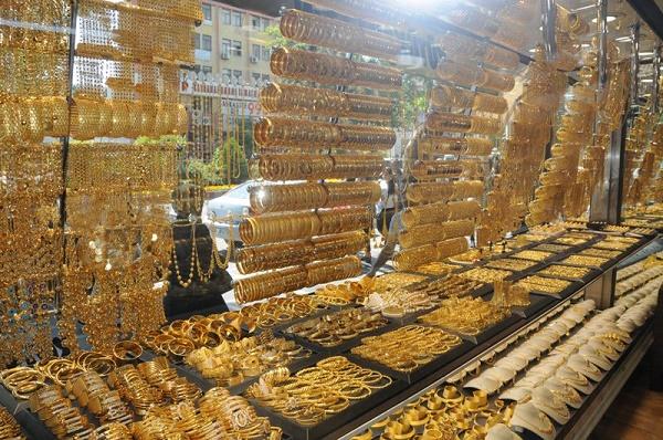 اجناس و کالاهای بازار کاپالی چارشی استانبول