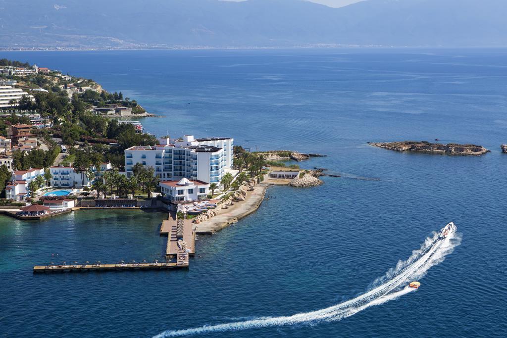 هتل le bleu در کوش آداسی