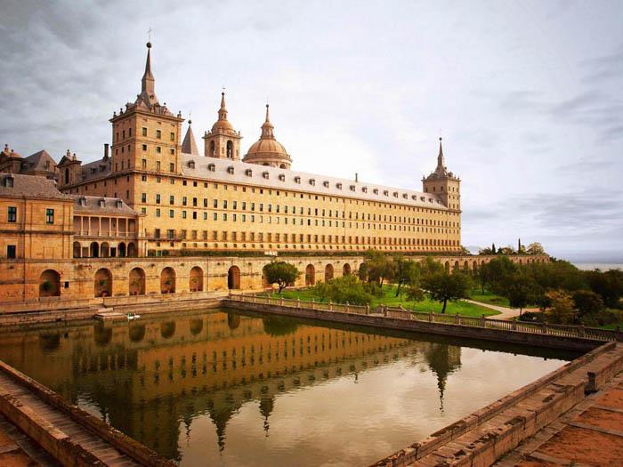 نام کشور اسپانیا