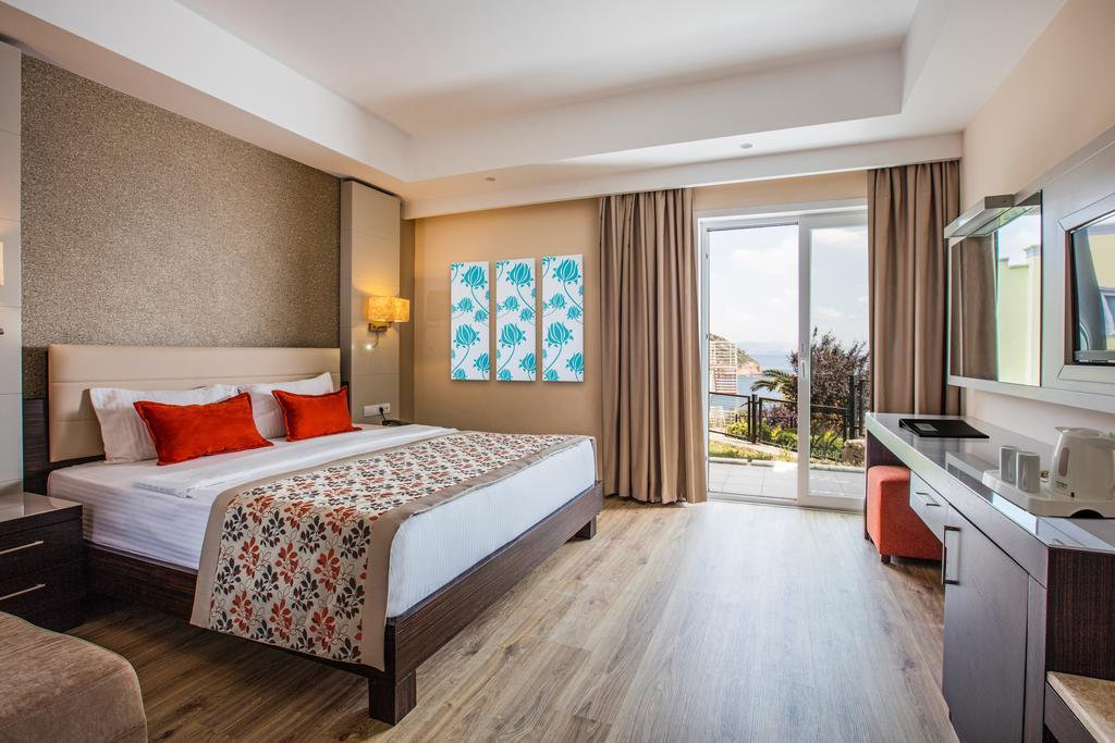 اتاق های هتل آریا کلاروس بیچ اند اسپا ریزورت کوش آداسی