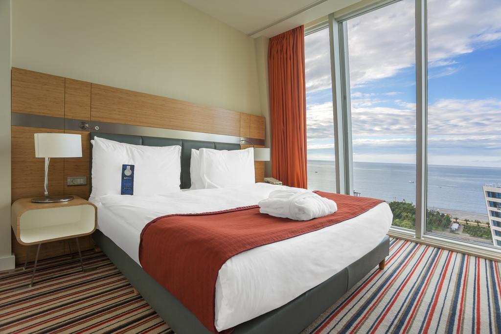 اتاق های هتل رادسیون بلو باتومی گرجستان