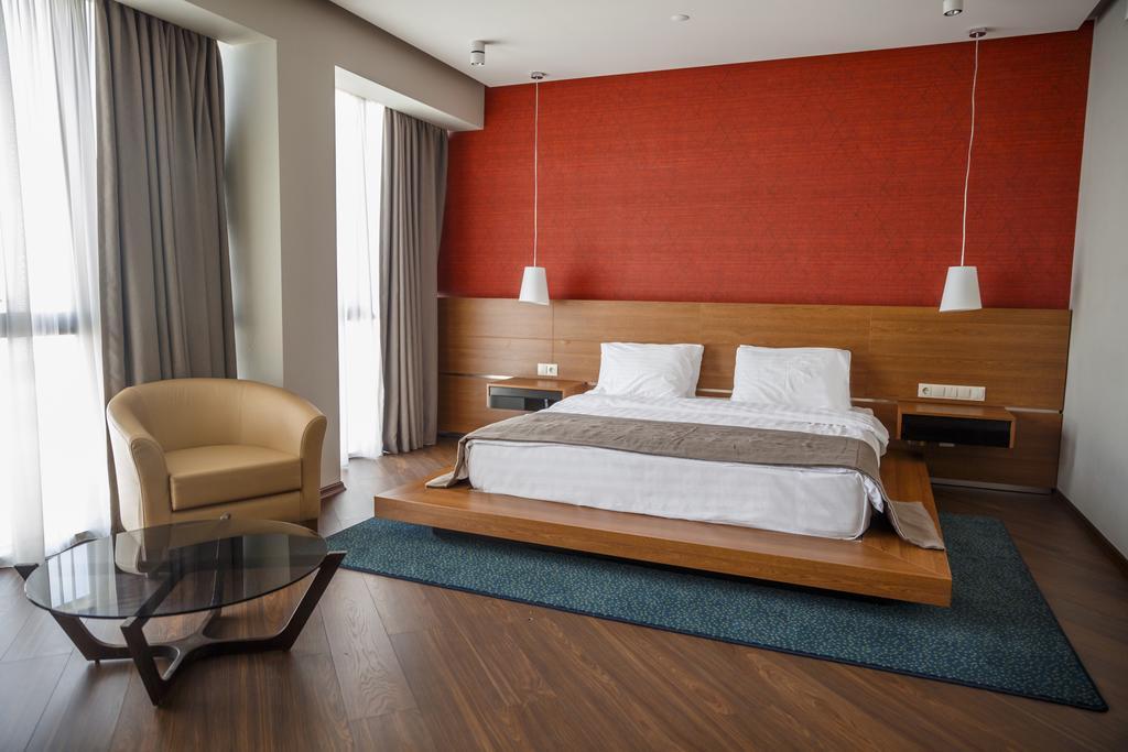 اتاق های هتل گلدن پالاس تفلیس گرجستان
