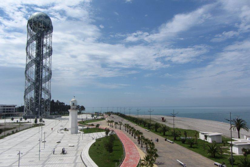 برج الفبا باتومی گرجستان