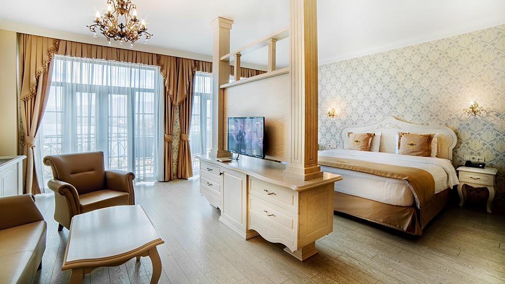 اتاق های هتل ادمیرال باتومی