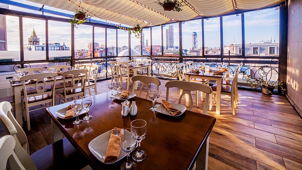 رستوران ها و امکانات تفریحی هتل ادمیرال باتومی