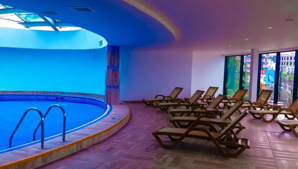 امکانات تفریحی هتل اسکای تاور باتومی