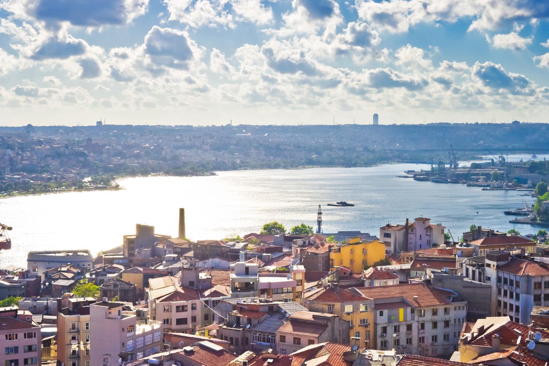 خلیج شاخ طلایی استانبول