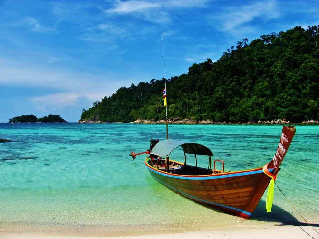 ماه اکتبر در تایلند