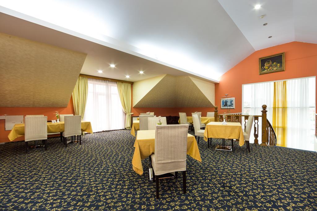 هتل پریمیر باکو