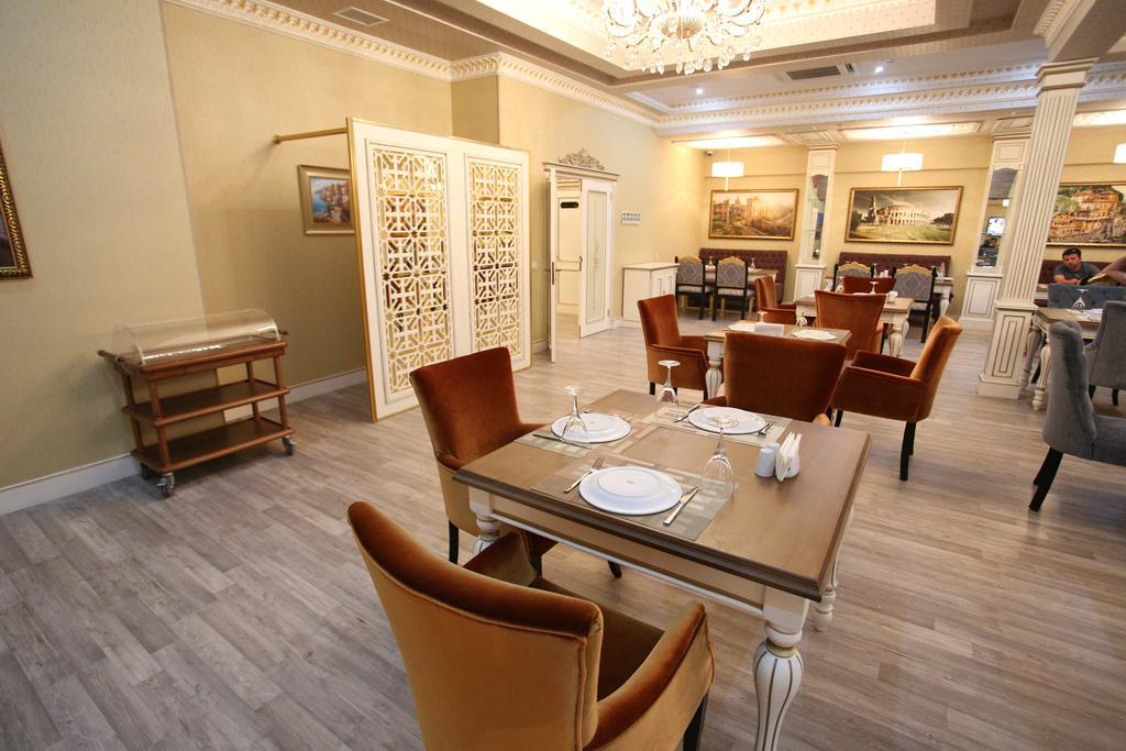 رستوران ها و امکانات تفریحی هتل اپرا باکو
