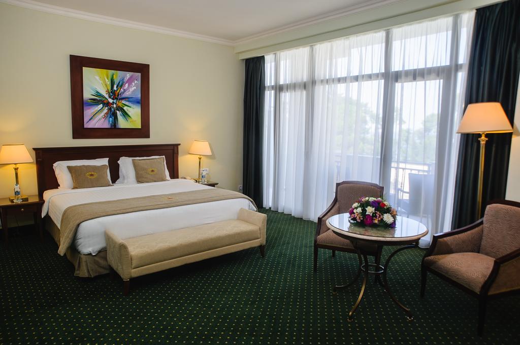 اتاق های هتل جورجیا پالاس باتومی
