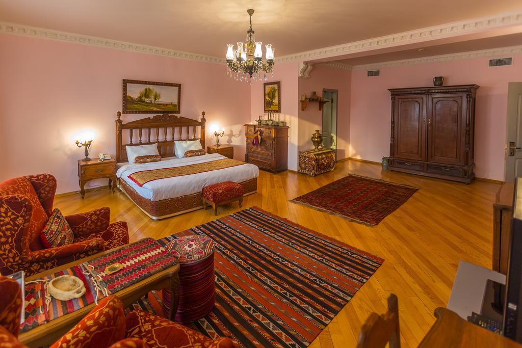 اتاق های هتل کاسپین پالاس باکو