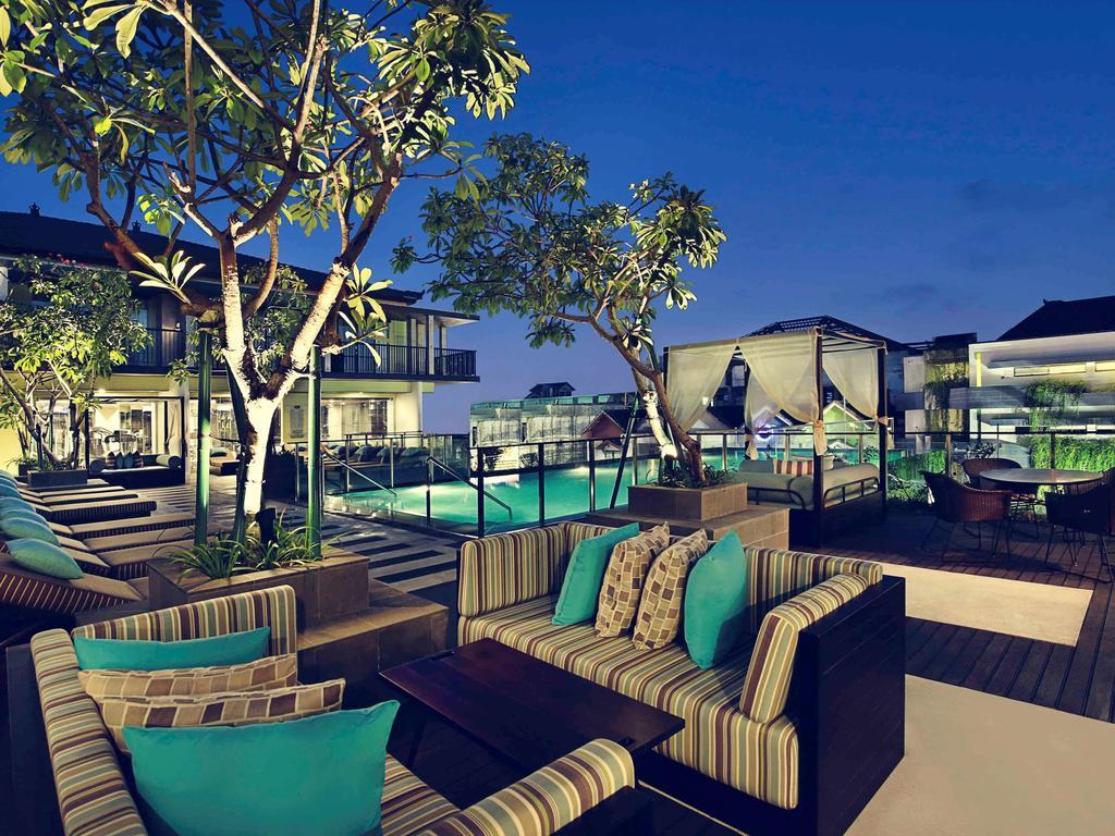 رستوران ها و امکانات تفریحی هتل مکیوری بالی لگین