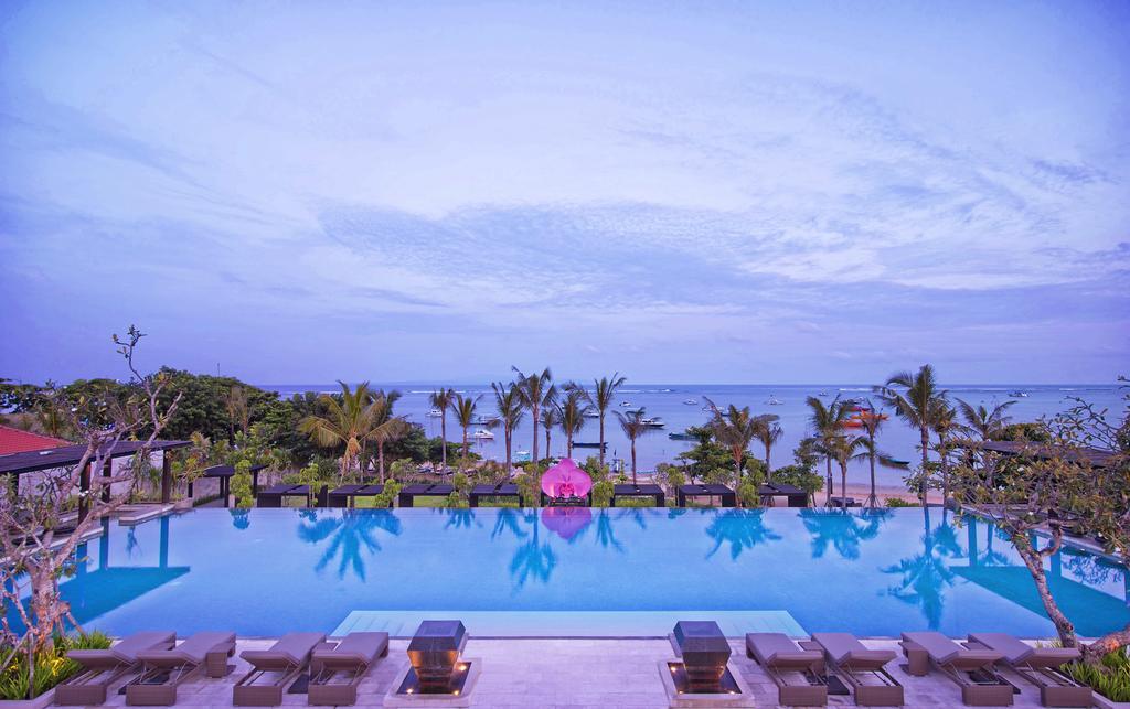 خدمات رفاهی و رستوران های هتل فیرمونت سنور بالی