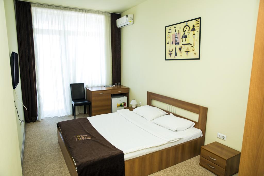 اتاق های هتل پلازا باتومی