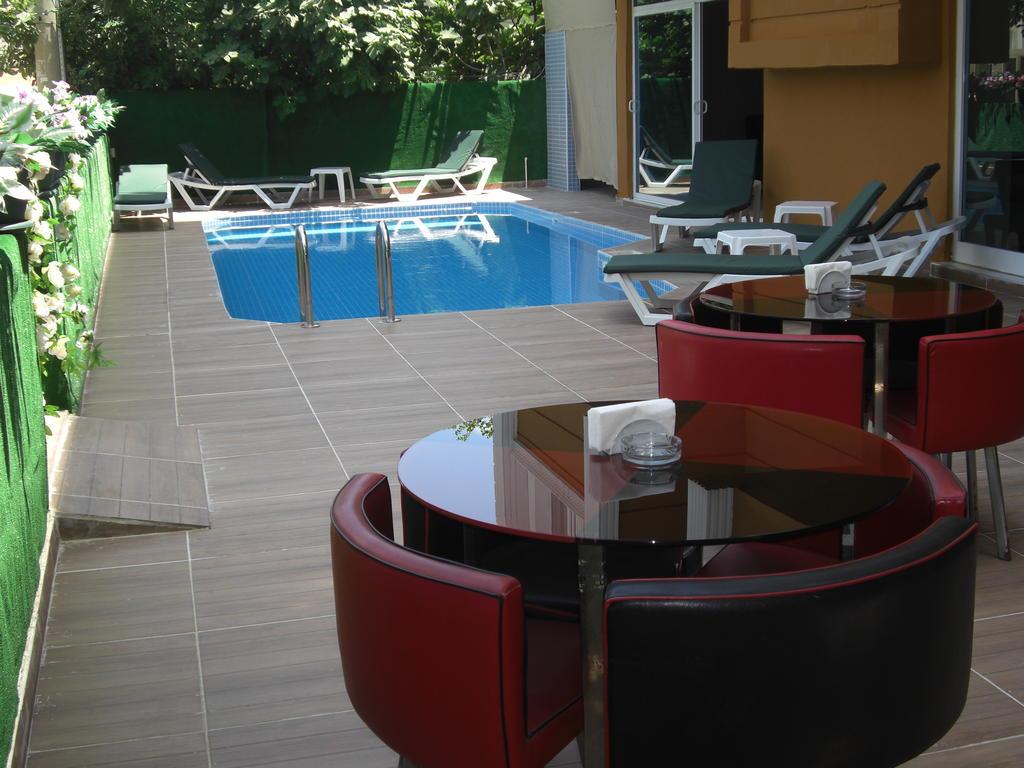 امکانات رفاهی و رستوران های هتل لارا آتالا آنتالیا
