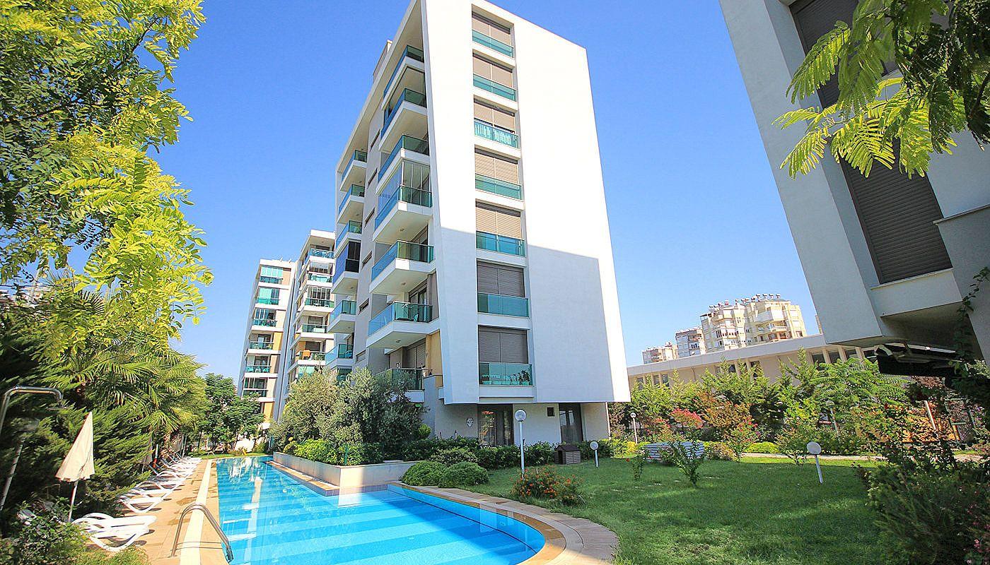 اقامتگاه ها و هتل های منطقه لارا آنتالیا