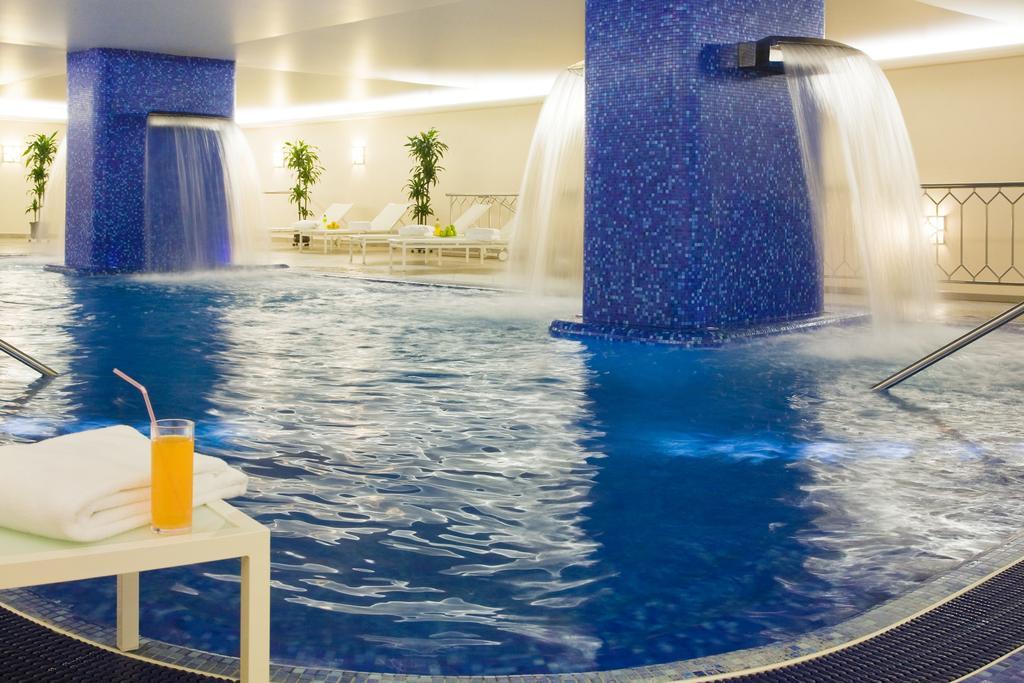 رستوران ها و امکانات تفریحی هتل رنسانس مسکو