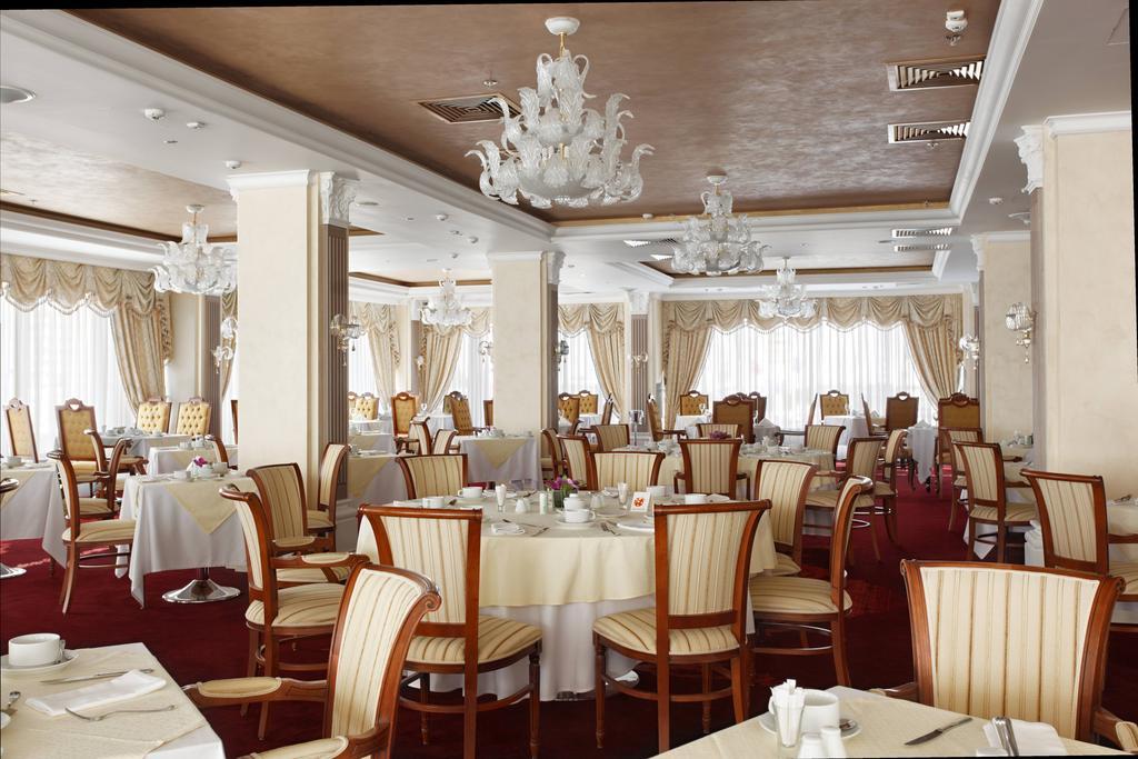 امکانات رفاهی و رستوران های هتل میلان مسکو