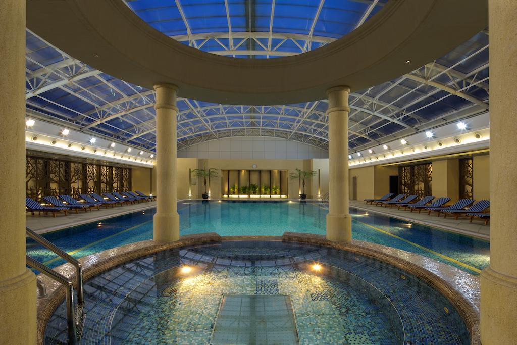امکانات رفاهی و رستوران های هتل رادیسون بلو شانگهای