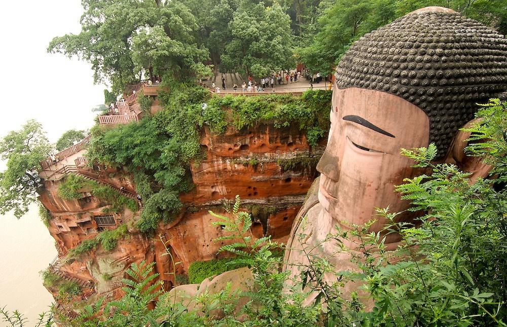 هزینه بلیط و ساعات بازدید از مجسمه بودای لشان چین