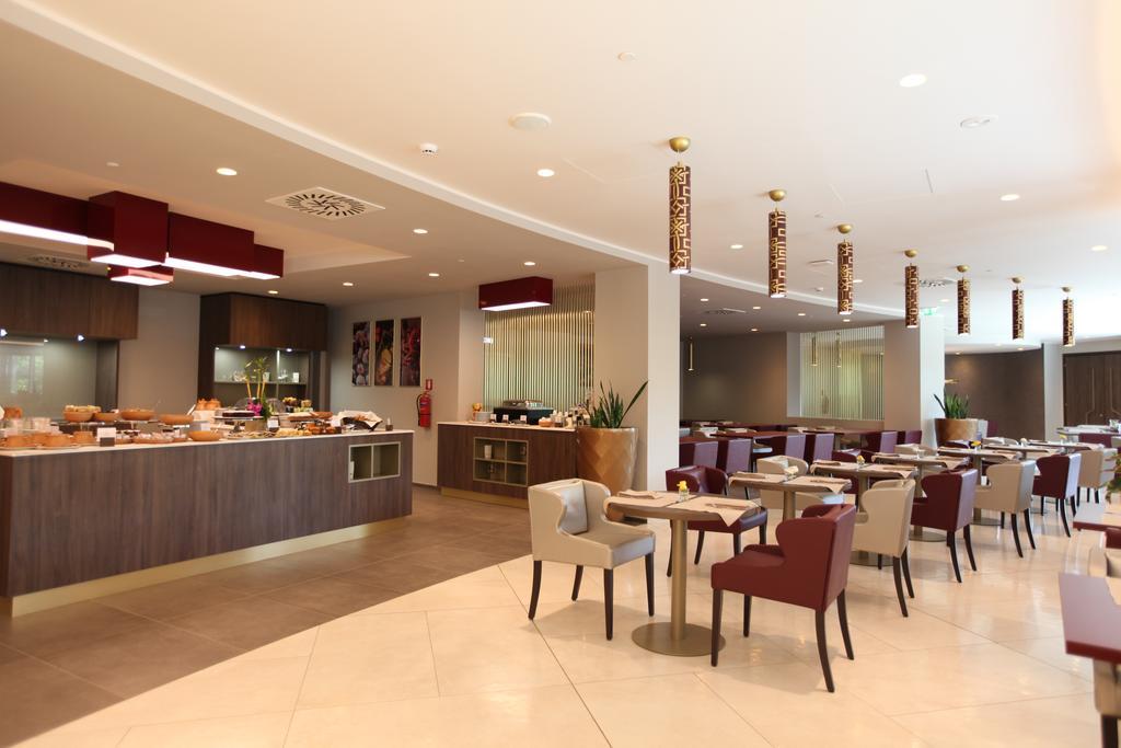 رستوران های هتل دابل تری بای هیلتون ایروان ارمنستان