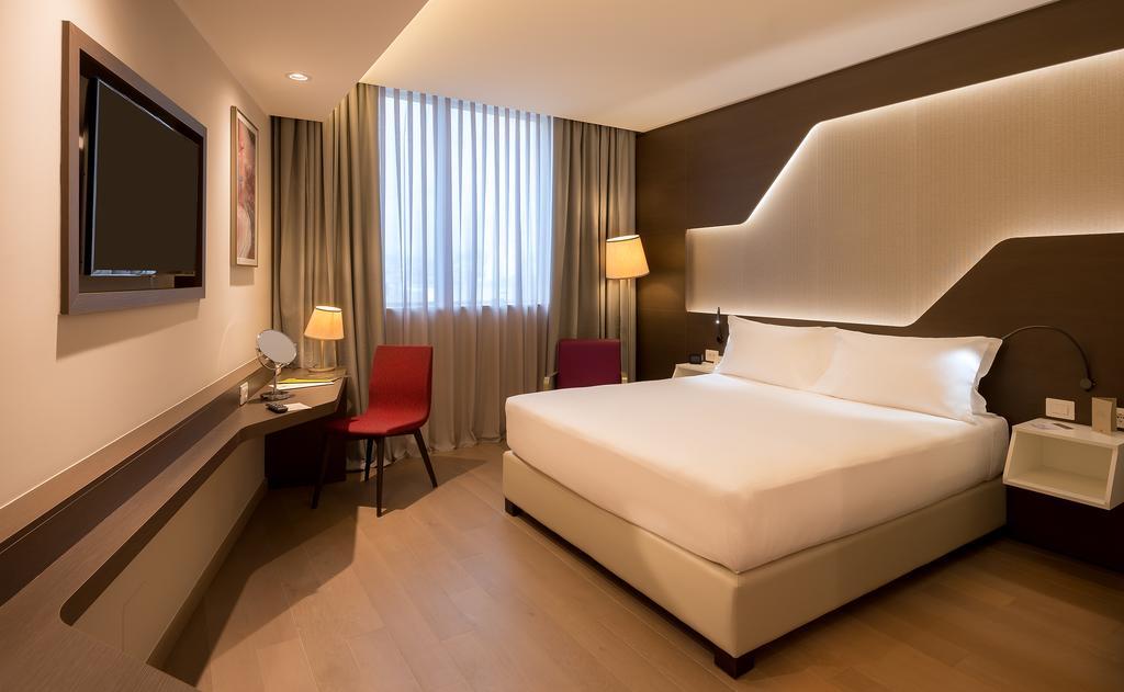 اتاق های هتل دابل تری بای هیلتون ایروان ارمنستان