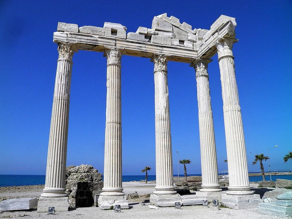 حمام رومی آنتالیا در زمان های قدیم
