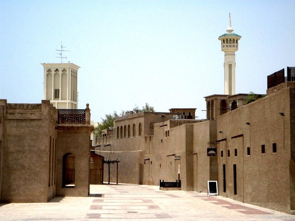 بستاکیا، دبی قدیم