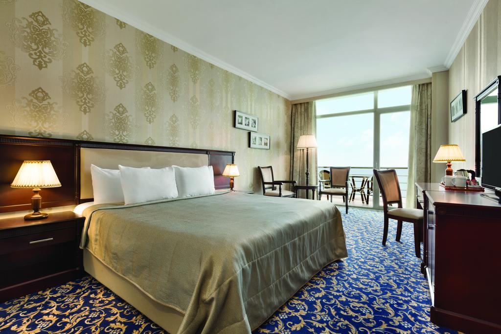 اتاق های هتل رامادا باکو
