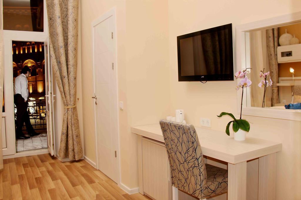 دسترسی های نزدیک به هتل بریستول باکو