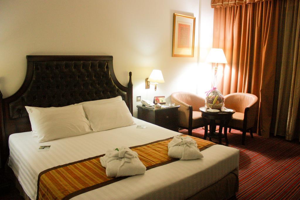 اتاق های هتل می فیر دبی